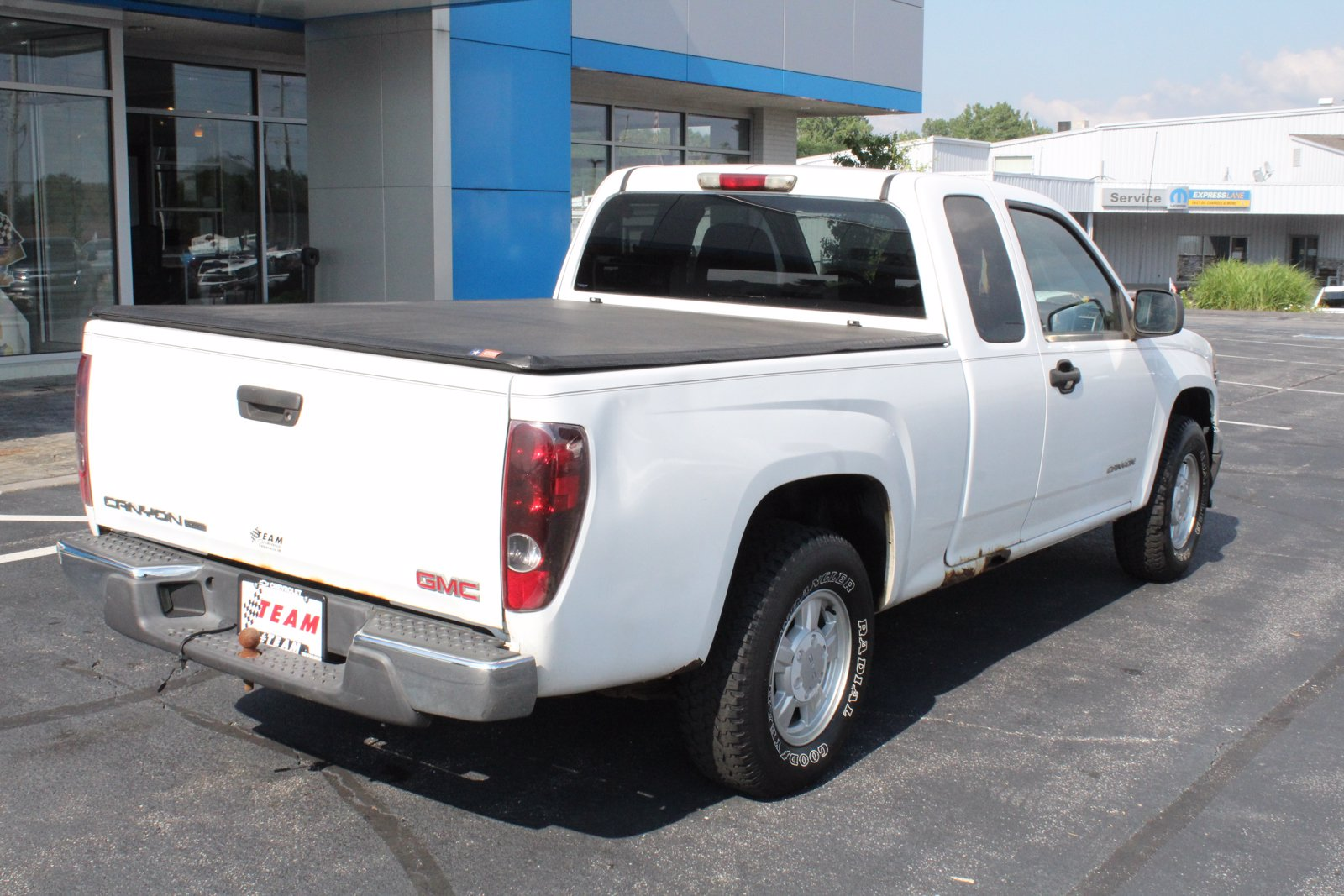 Pre-Owned 2004 GMC Canyon SLE Z85